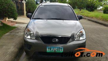 Kia Carens 2012 - 1