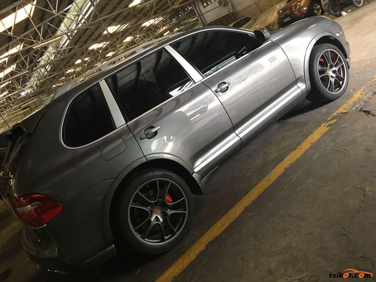 Porsche Cayenne 2008 - 10