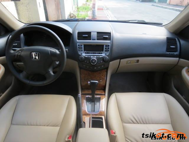 Honda Accord 2005 - 3