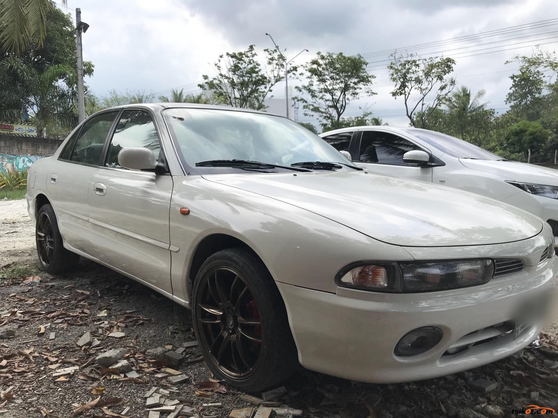 Mitsubishi Galant 1995 - 6