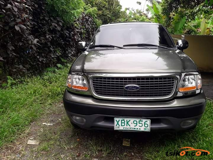 Ford Expedition 2002 - 2
