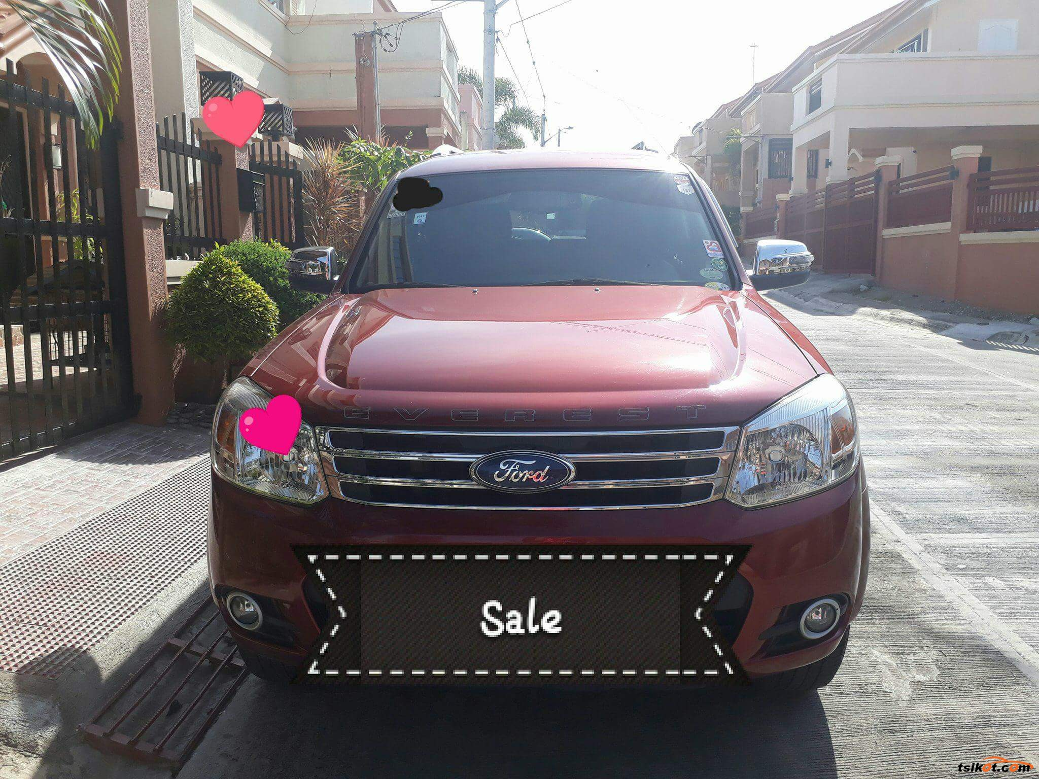 Ford Everest 2013 - 1