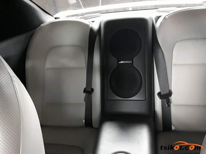 Nissan Gt-R 2013 - 4