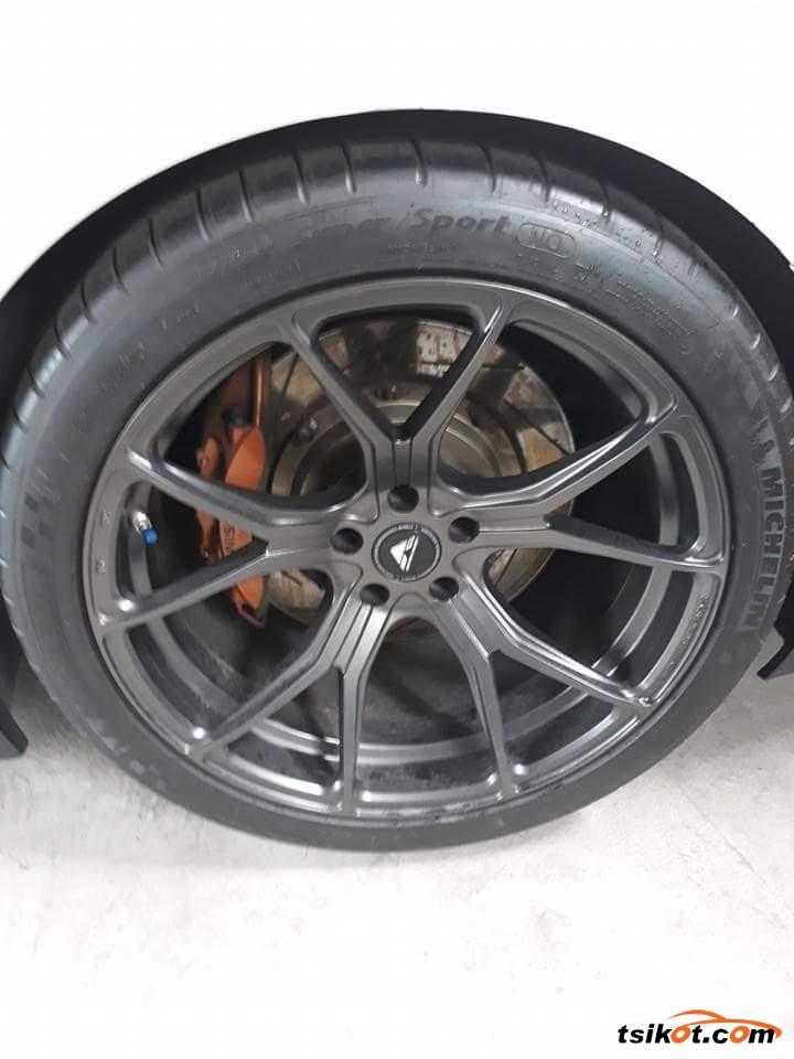 Nissan Gt-R 2013 - 7