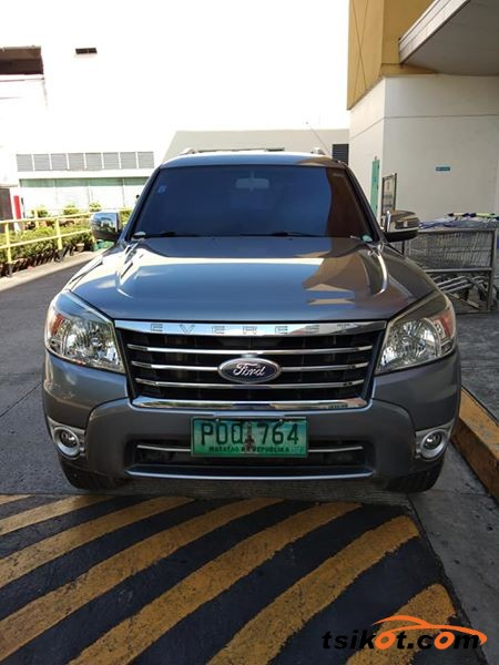 Ford Everest 2011 - 5