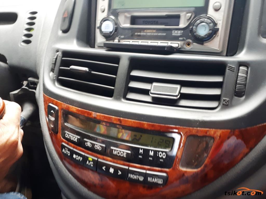 Toyota Previa 2005 - 1