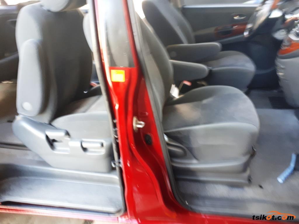 Toyota Previa 2005 - 2
