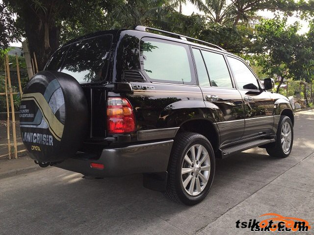 Toyota Land Cruiser 2000 - 2