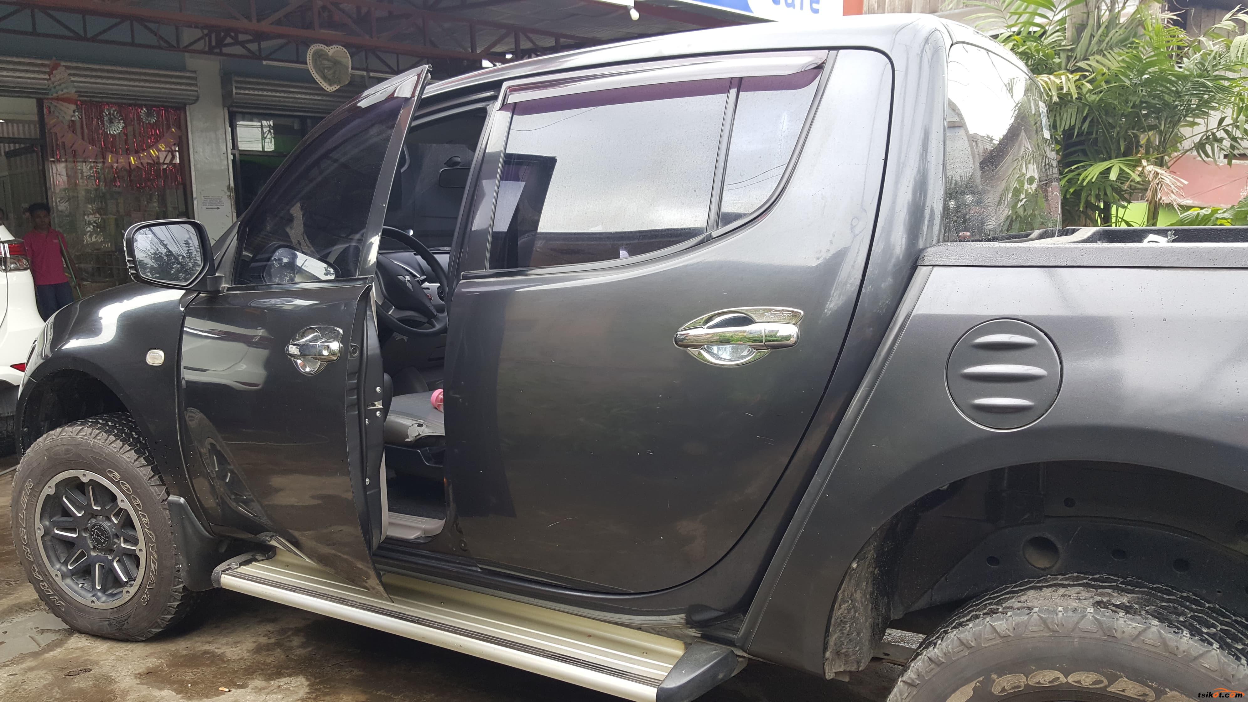 Mitsubishi Strada 2011 - 3