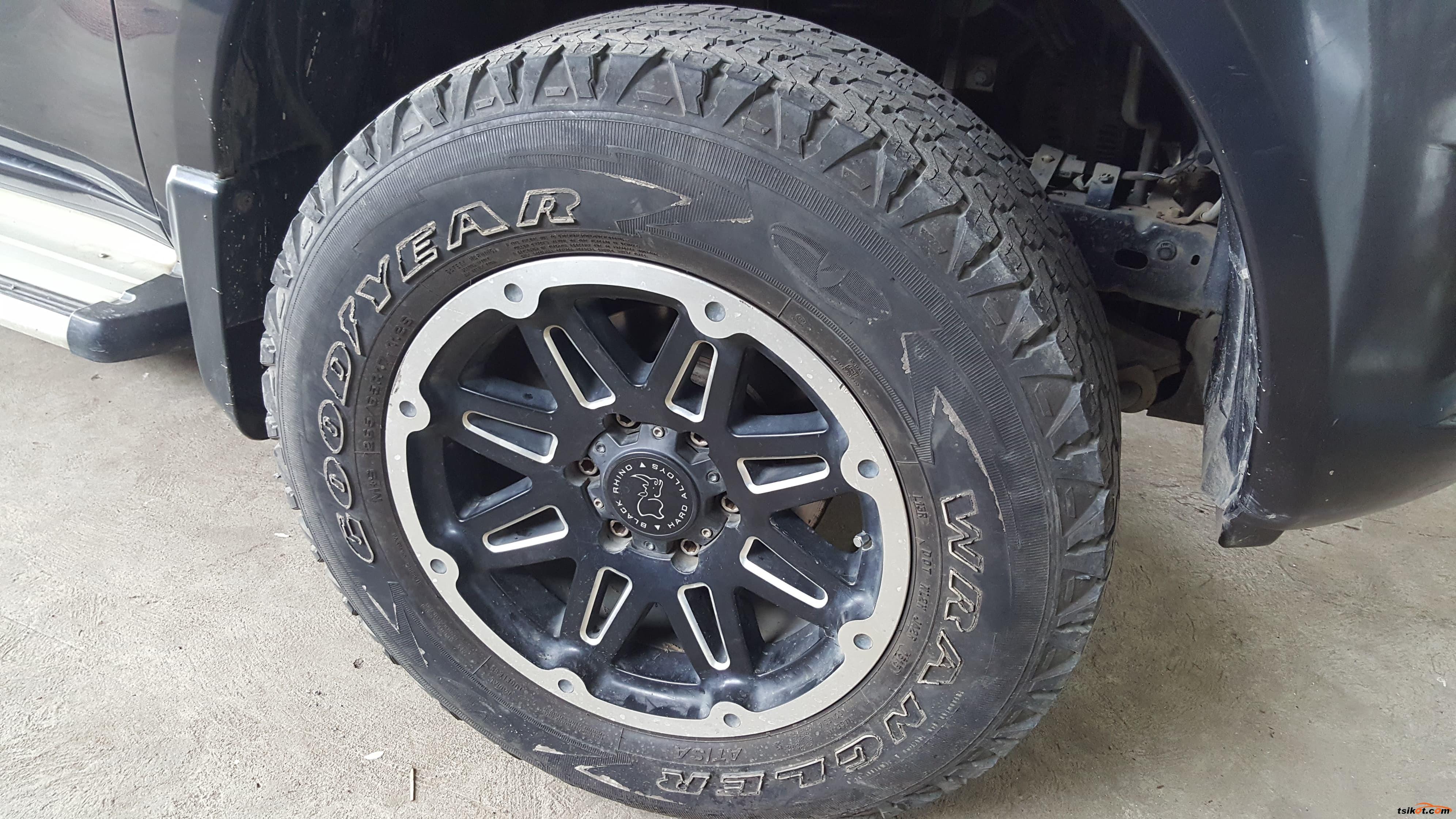 Mitsubishi Strada 2011 - 6