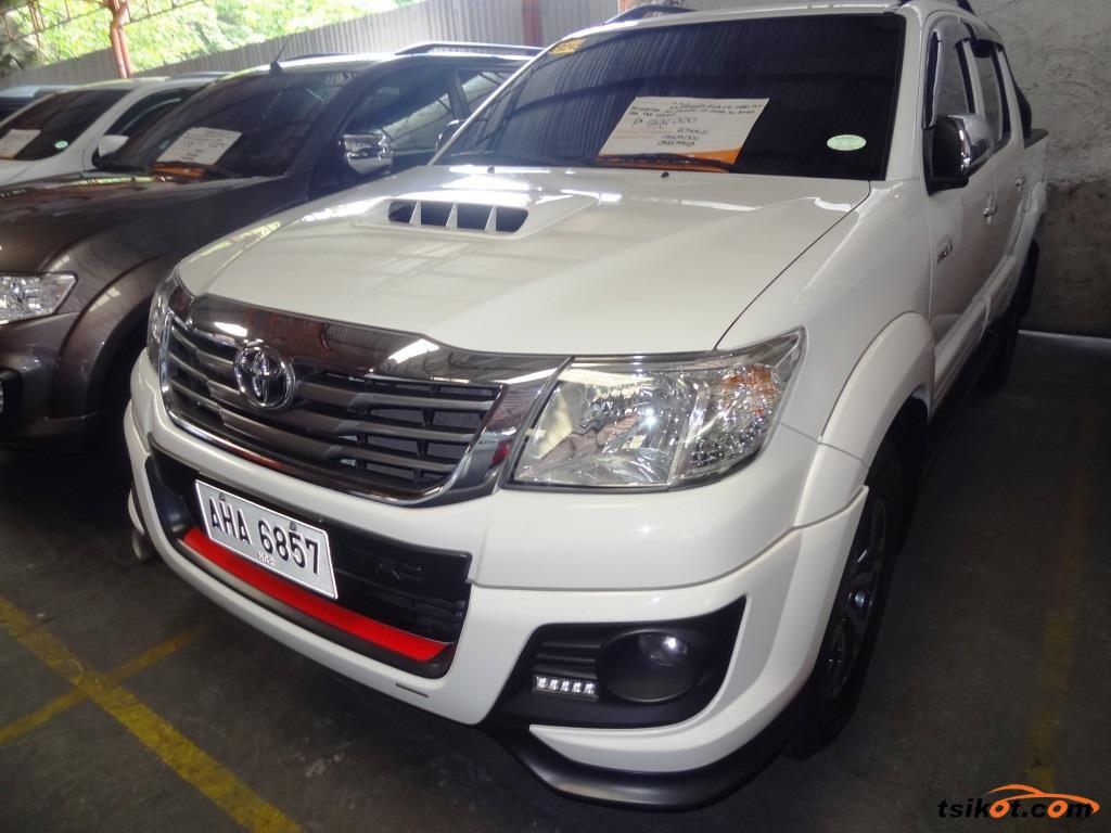 Toyota Hilux 2014 - 1
