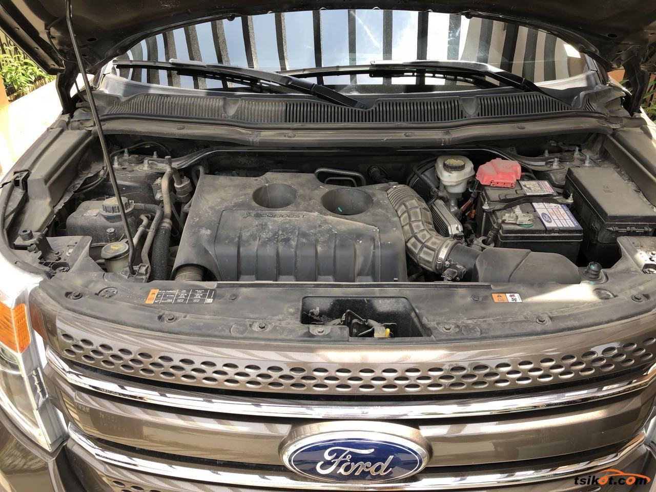 Ford Explorer 2015 - 10