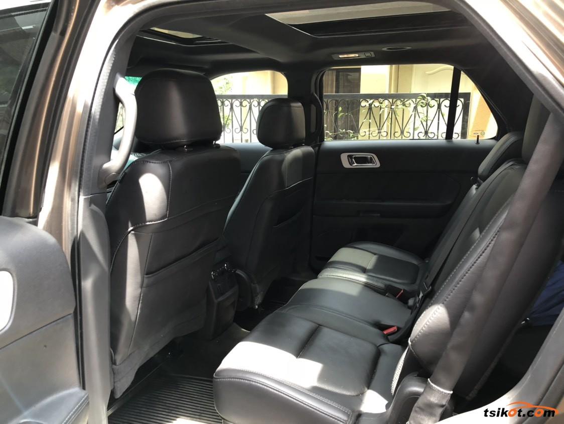 Ford Explorer 2015 - 4