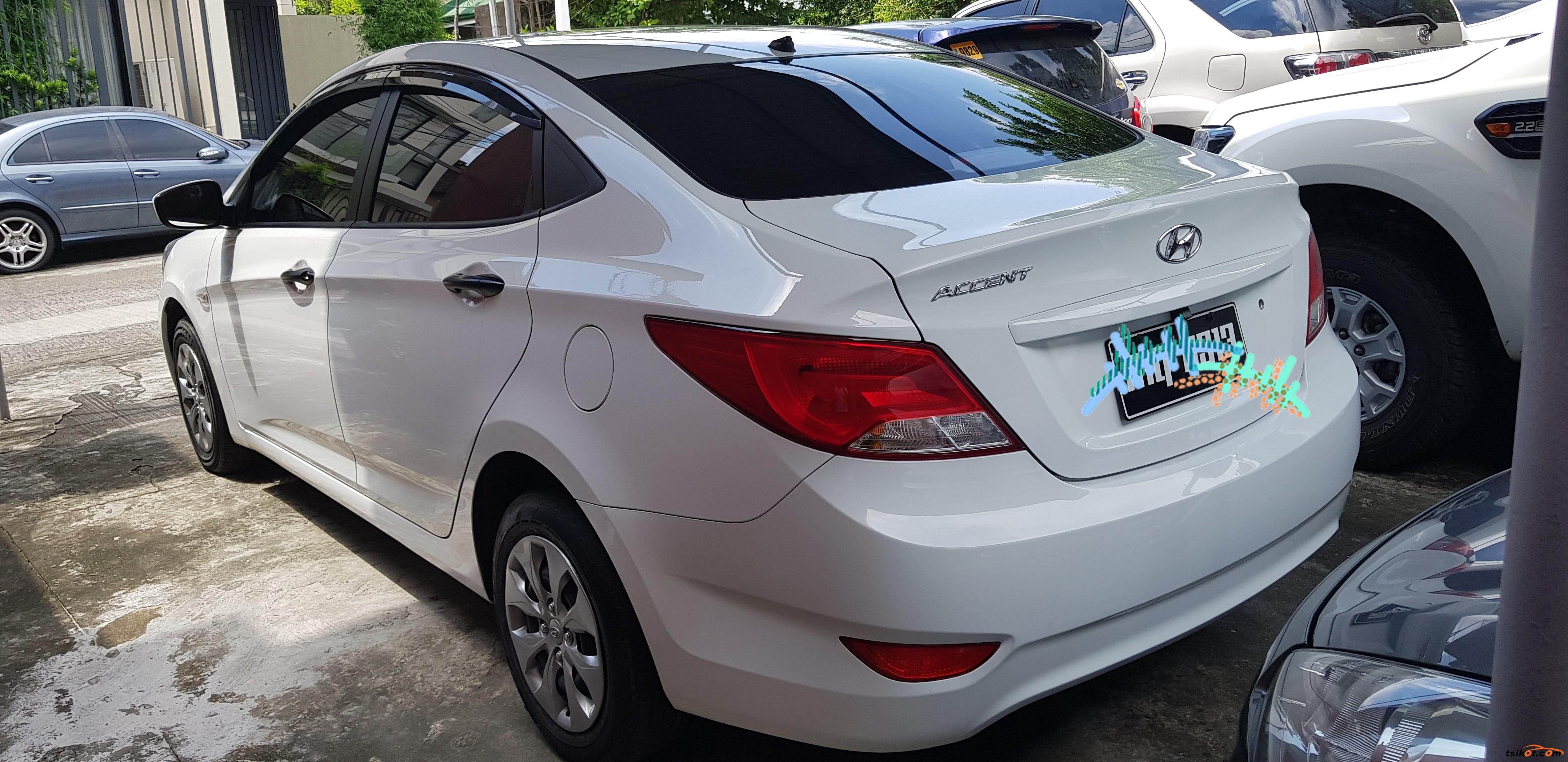 Hyundai Accent 2016 - 1