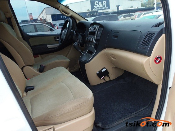 Hyundai G.starex 2013 - 6