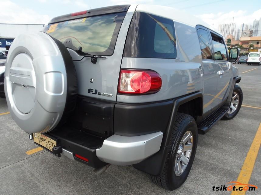 Toyota Fj Cruiser 2015 - 2