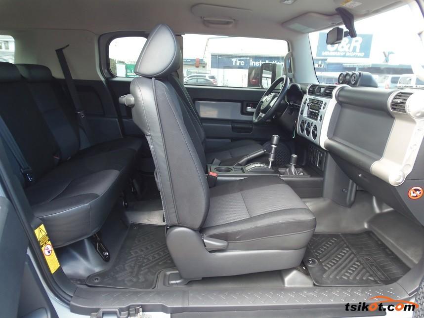 Toyota Fj Cruiser 2015 - 6