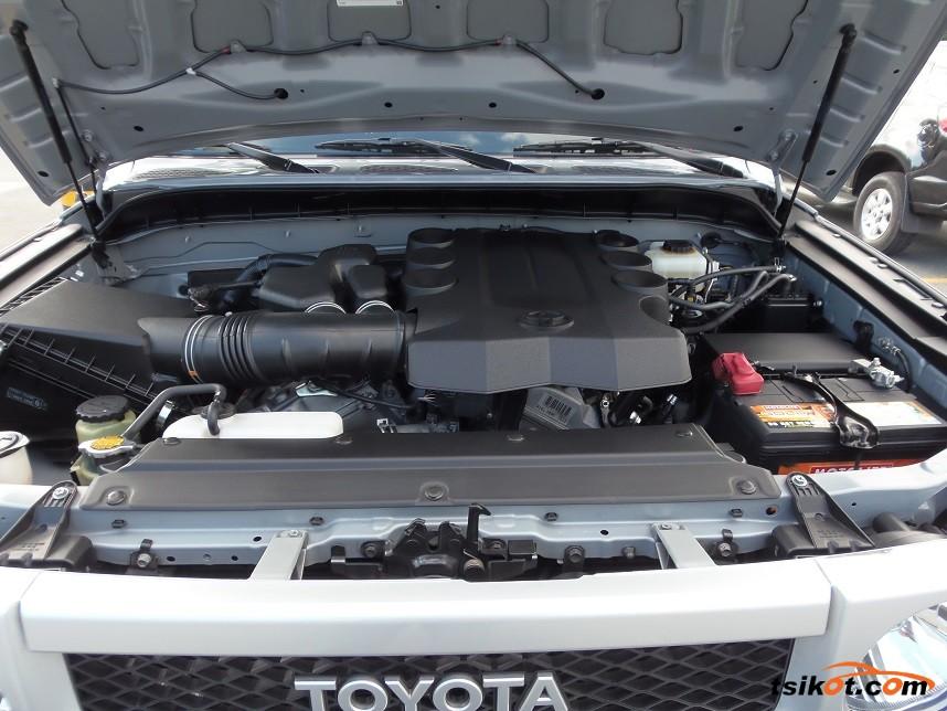 Toyota Fj Cruiser 2015 - 9