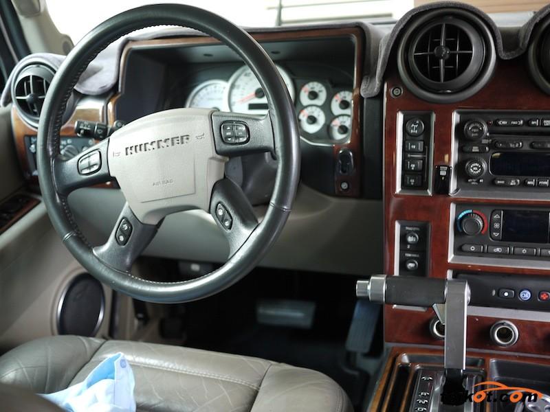 Hummer H2 2003 - 7