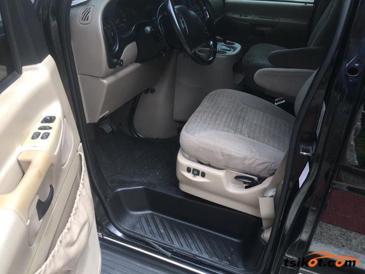 Ford E-150 2001 - 7