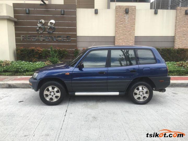 Toyota Rav4 1998 - 4