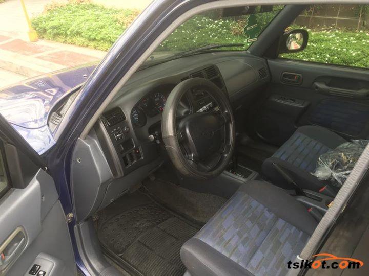 Toyota Rav4 1998 - 8
