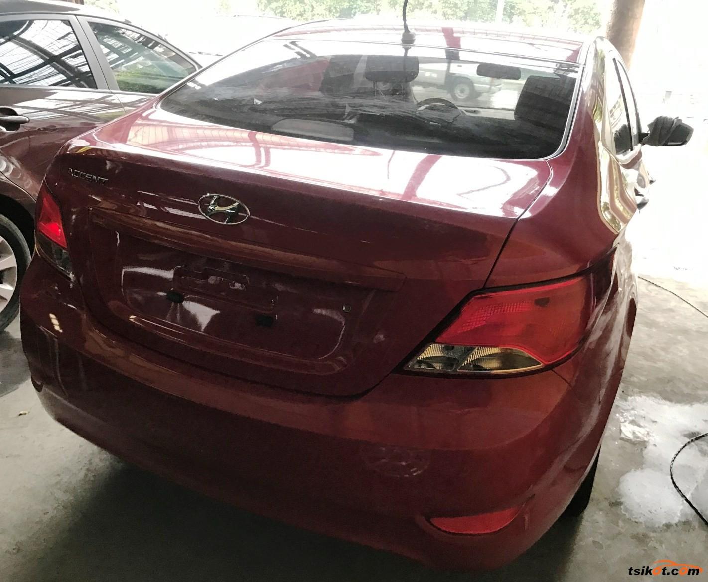 Hyundai Accent 2015 - 1