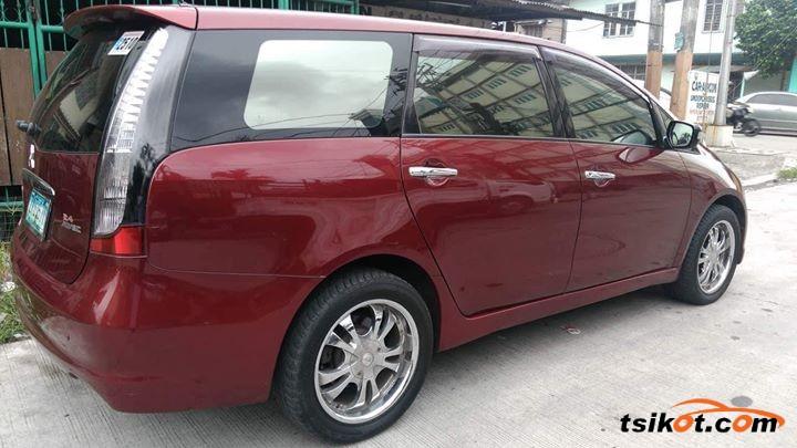 Mitsubishi Grandis 2007 - 3
