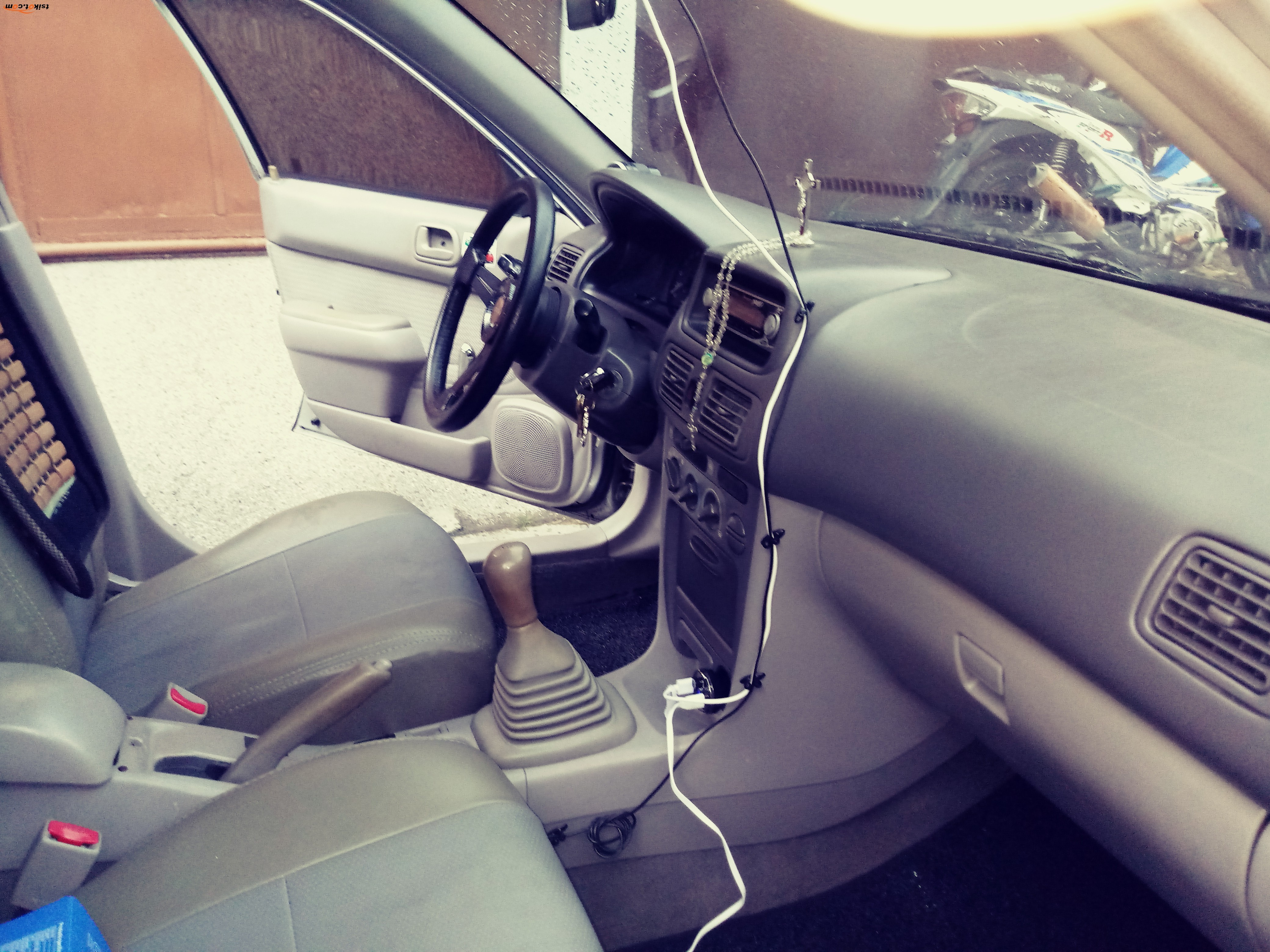 Toyota Corolla 2005 - 6