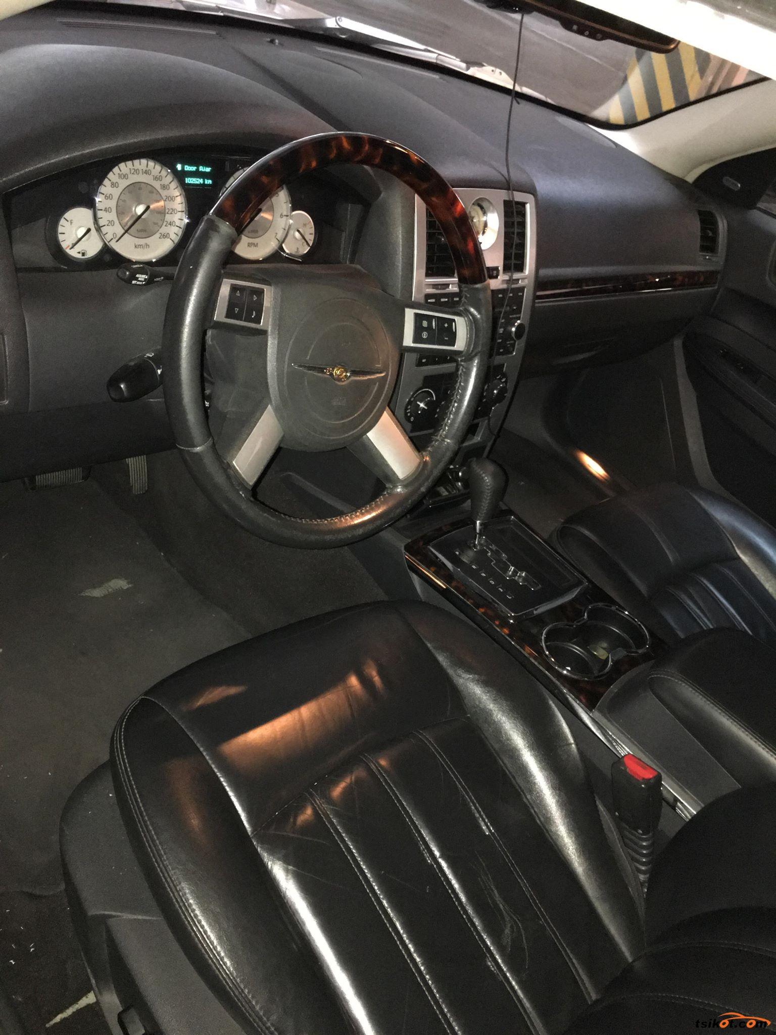 Chrysler 300 2008 - 3
