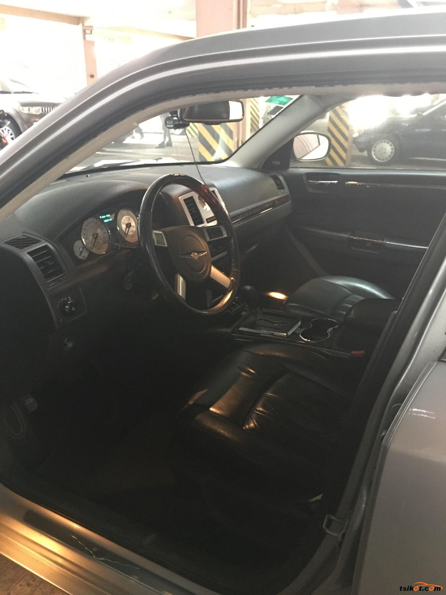 Chrysler 300 2008 - 5