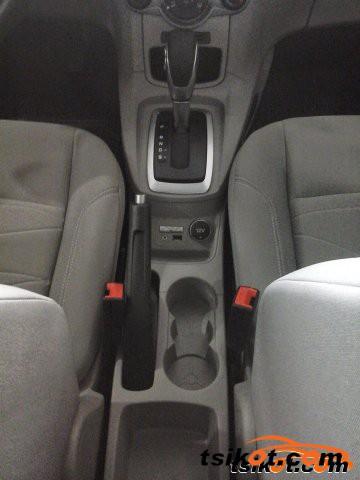 Ford Fiesta 2015 - 3