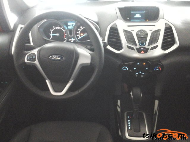 Ford Fiesta 2015 - 5