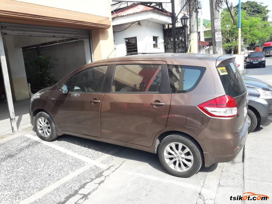 Suzuki Ertiga 2014 - 3