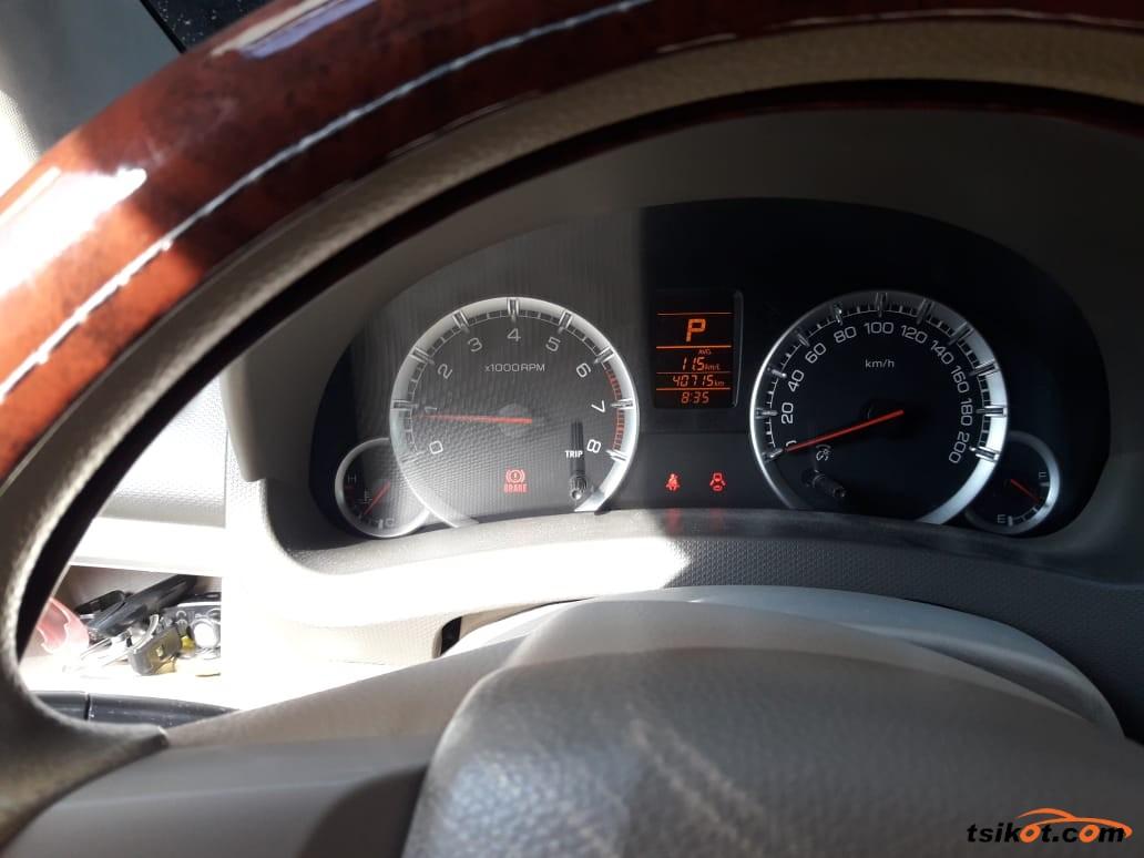 Suzuki Ertiga 2014 - 4
