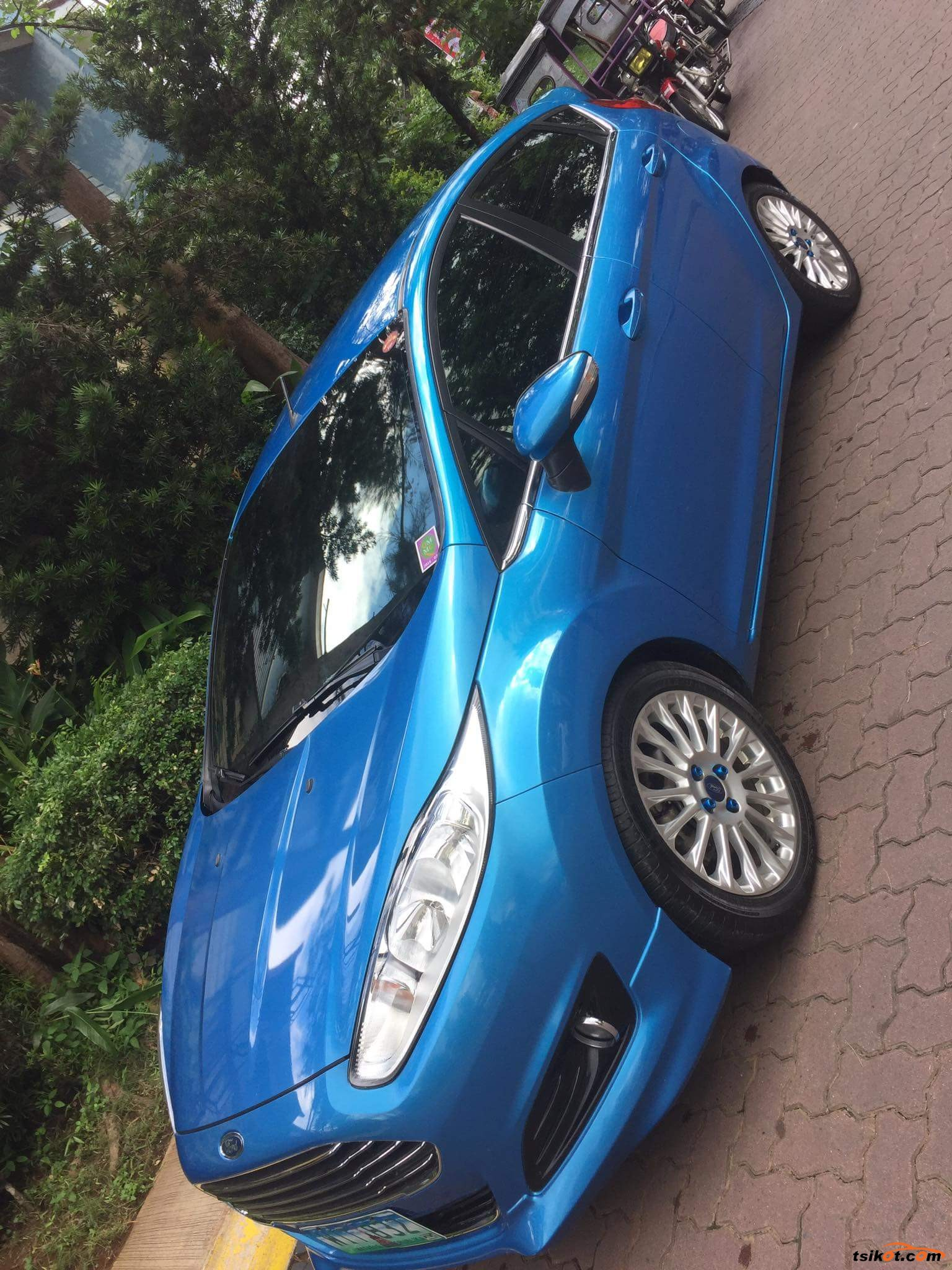 Ford Fiesta 2014 - 8