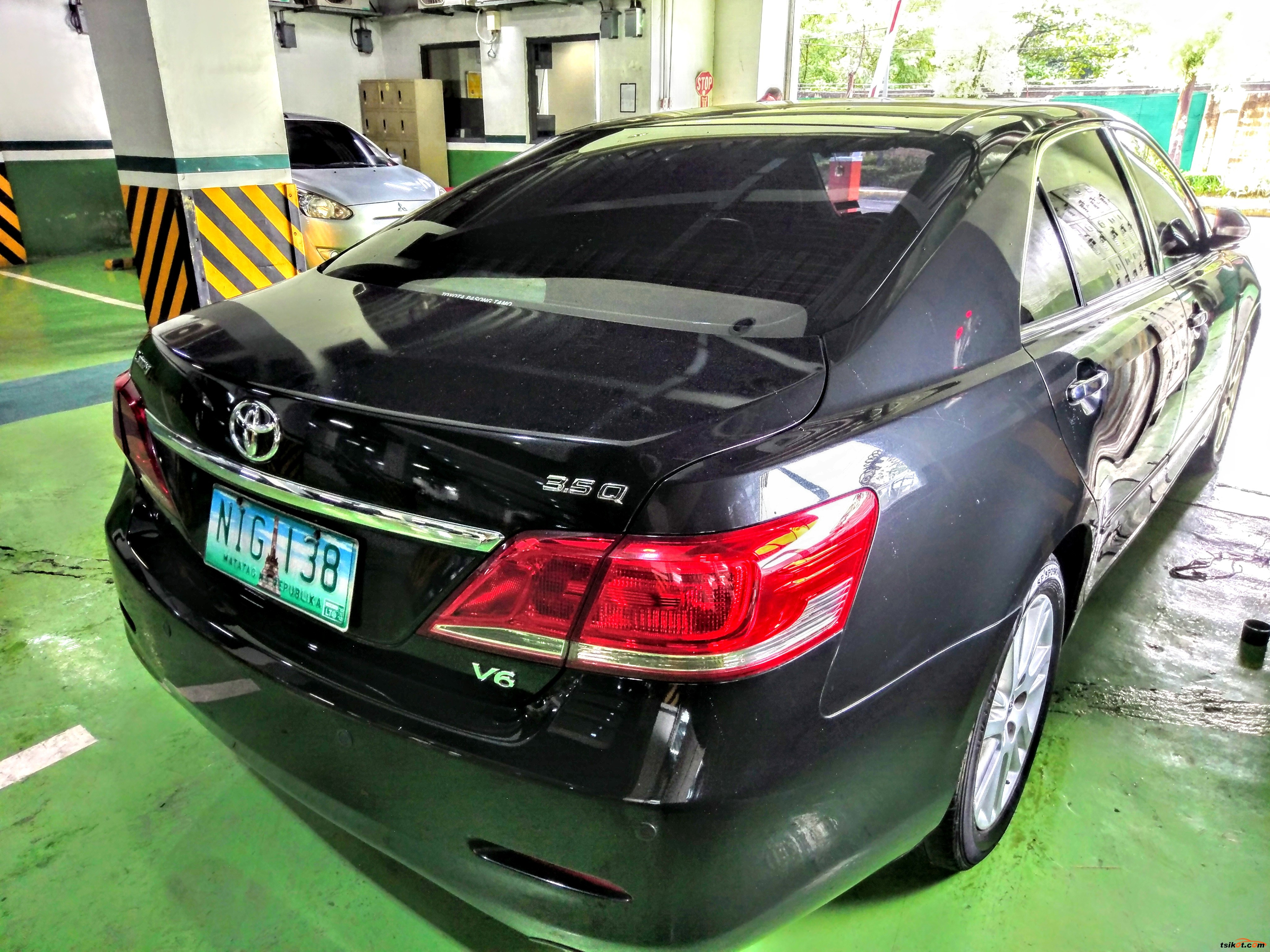Toyota Camry 2010 - 4