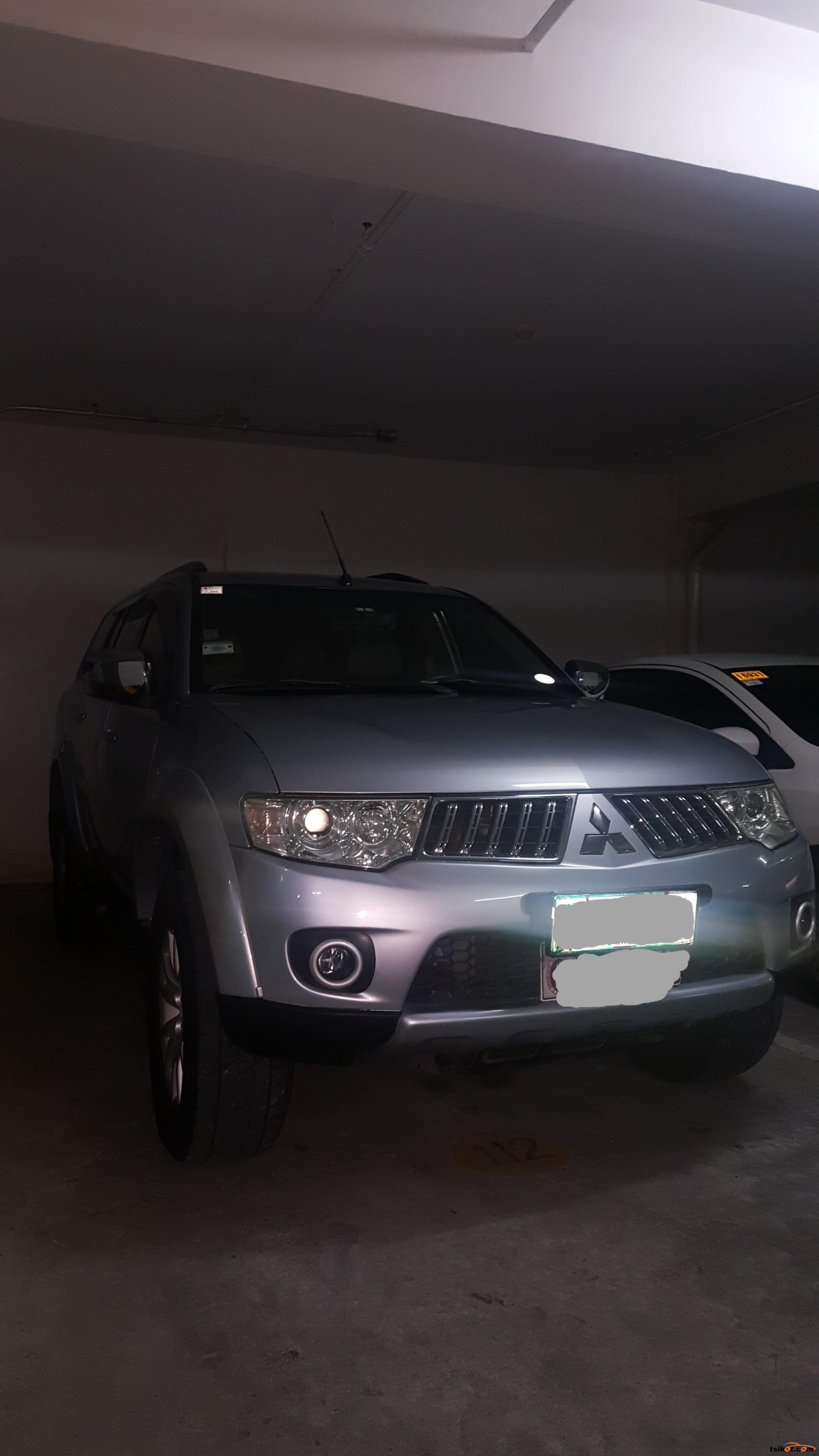 Mitsubishi Montero 2009 - 6