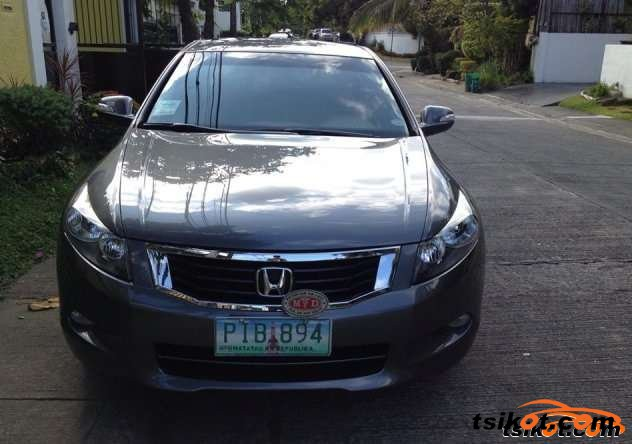 Honda Accord 2010 - 1