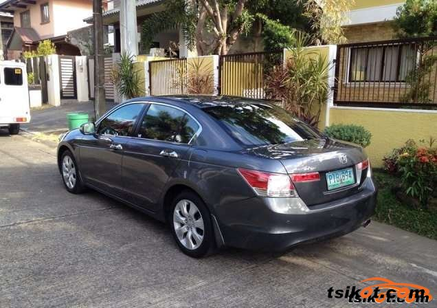Honda Accord 2010 - 3