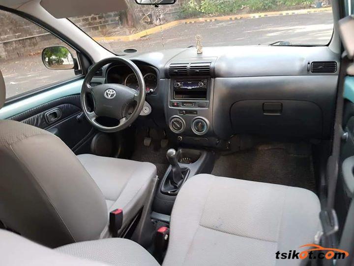 Toyota Avanza 2011 - 5