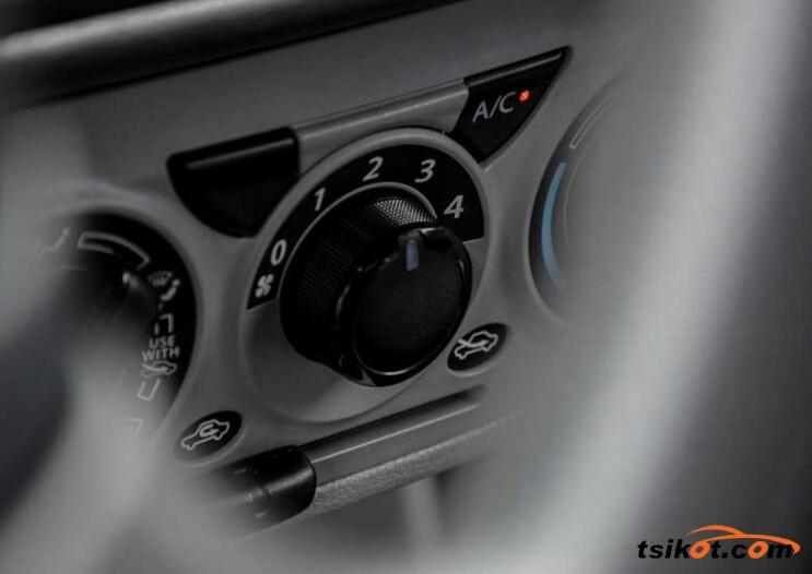 Suzuki Alto 2017 - 5