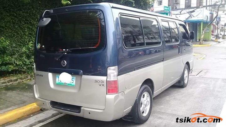 Nissan Urvan 2012 - 5