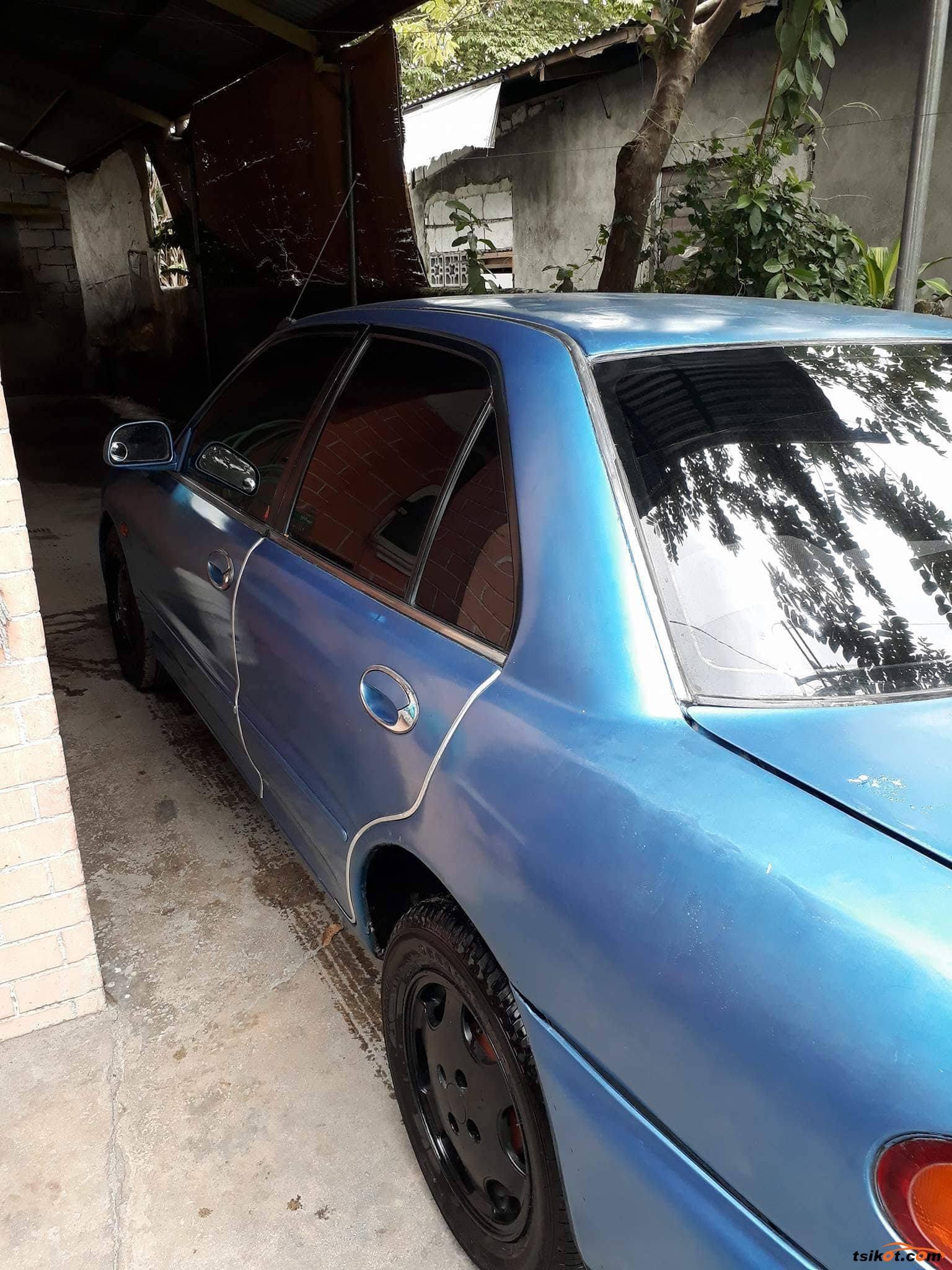 Mitsubishi Lancer 1993 - 2