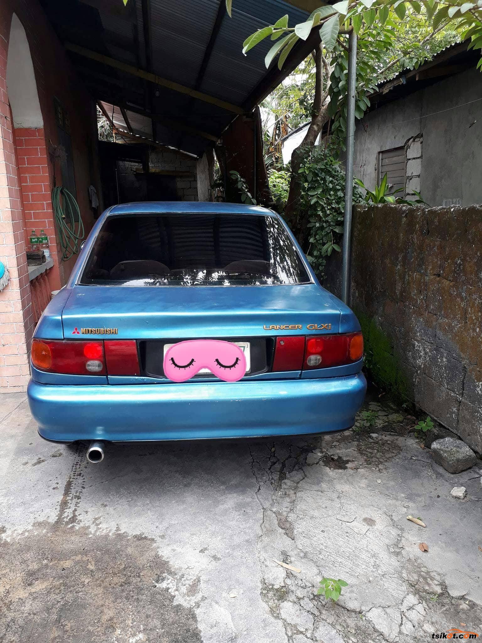 Mitsubishi Lancer 1993 - 4