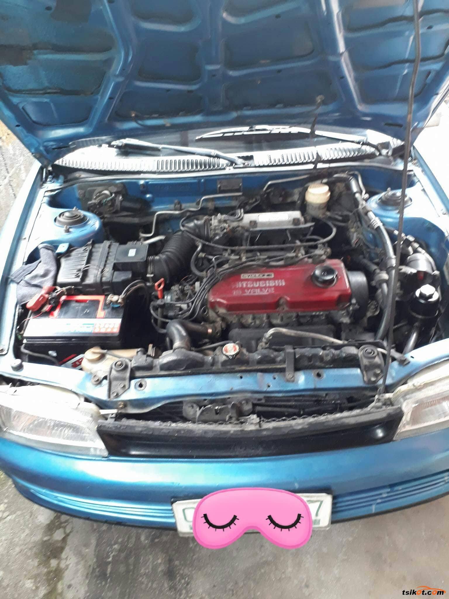 Mitsubishi Lancer 1993 - 6