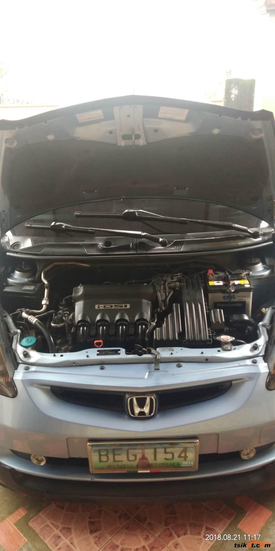 Honda Fit 2000 - 1