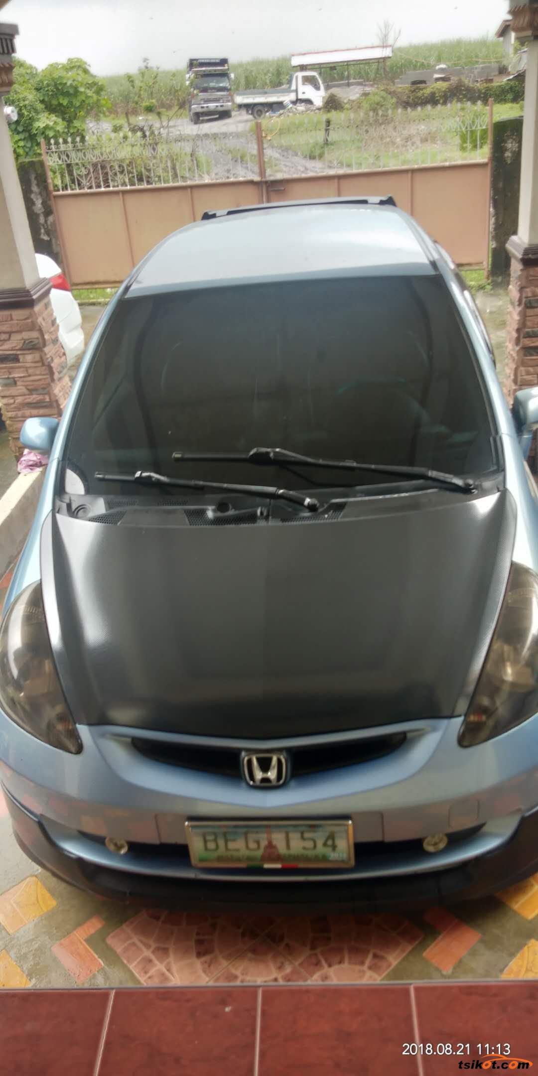 Honda Fit 2000 - 2