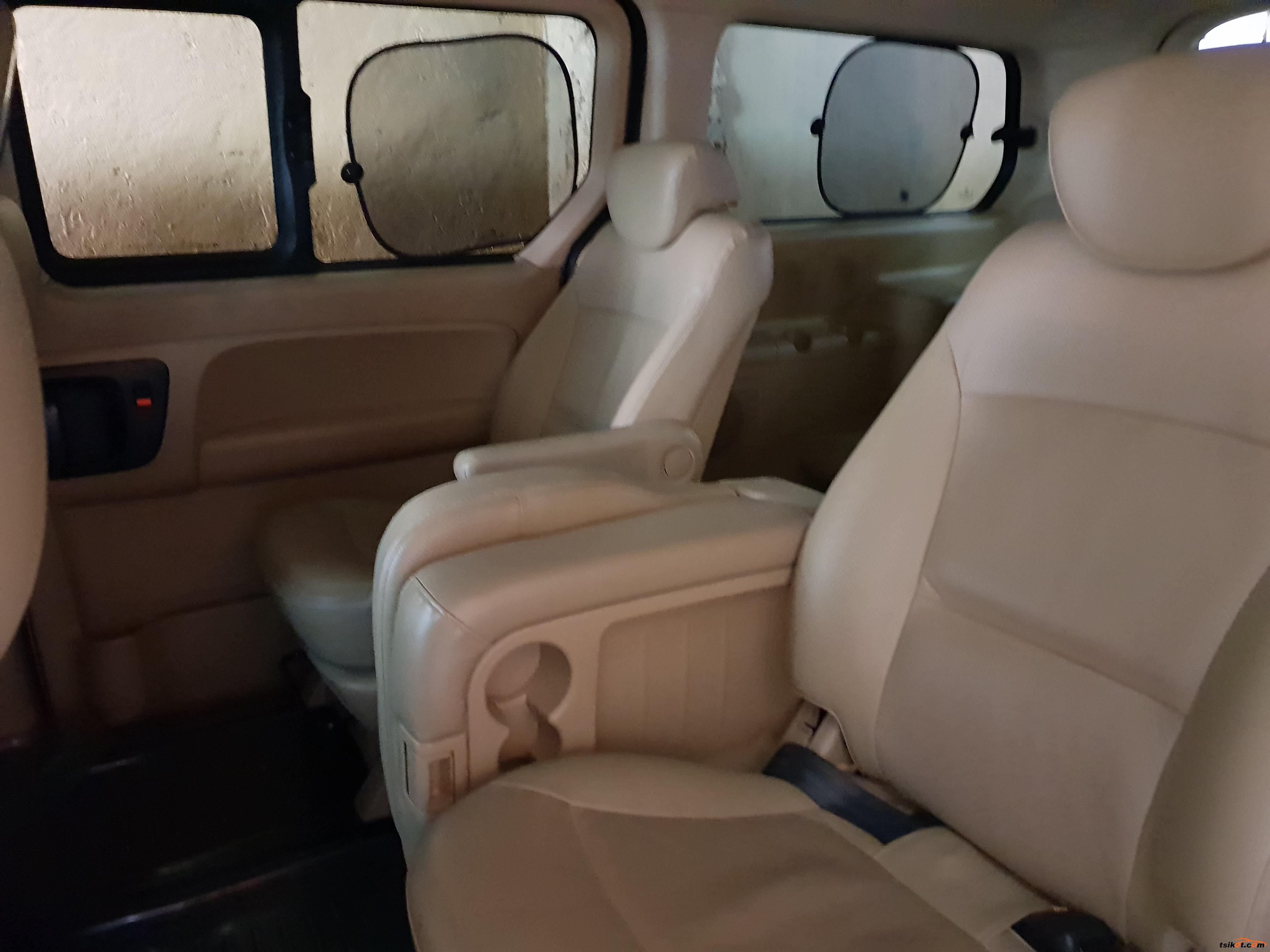 Hyundai Grand Starex 2015 - 3