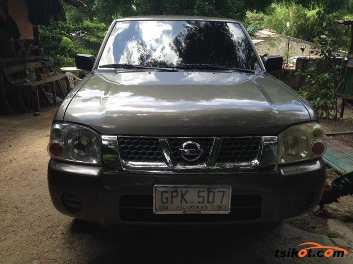 Nissan Frontier 2003 - 1